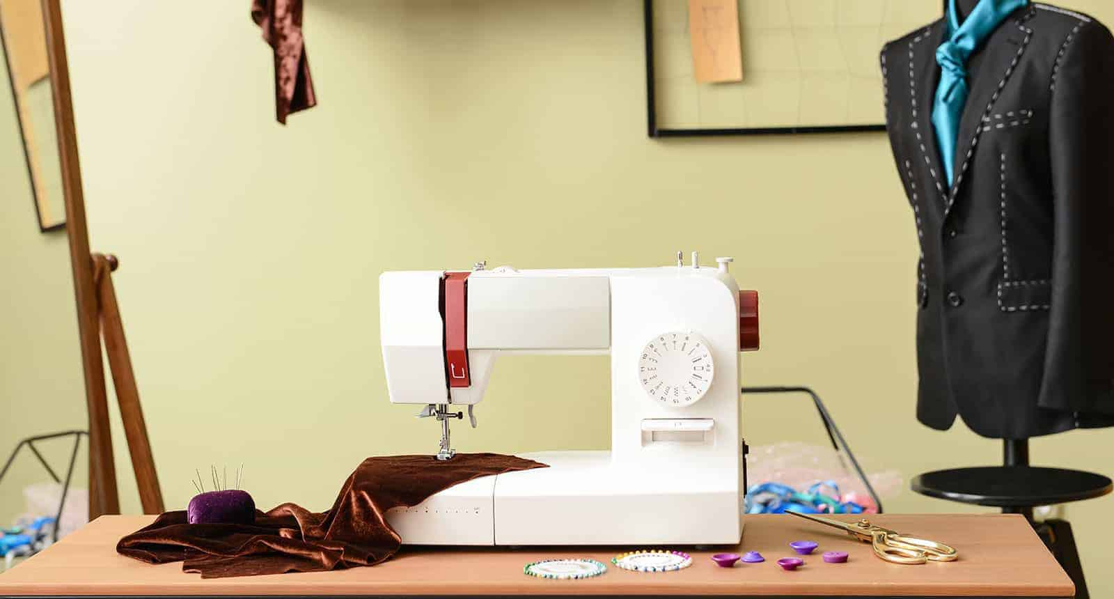 best portable sewing machine 1