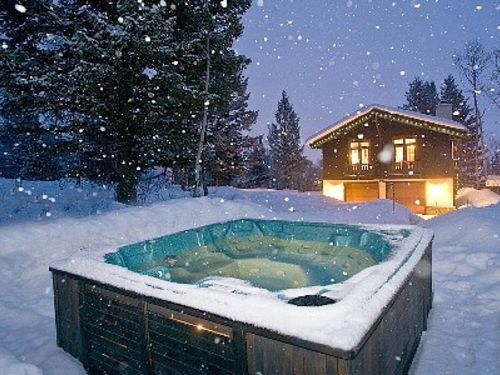 best inflatable hot tub for winter