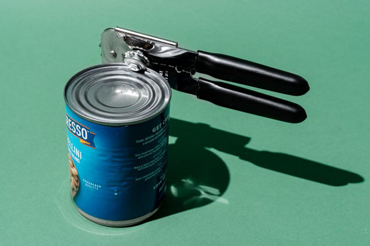 how to sharpen a can opener