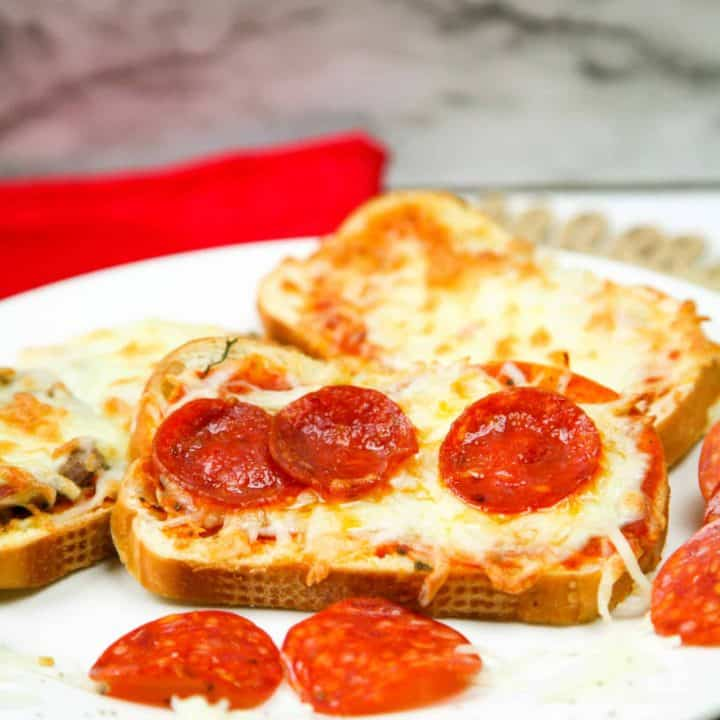 Instant Pot Air Fryer Pizza Toast 12 scaled 720x720 1 1