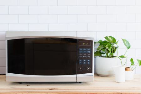 before you buy a microwave oven 481729 hero 57f57955723942ba82f40777056a93c9